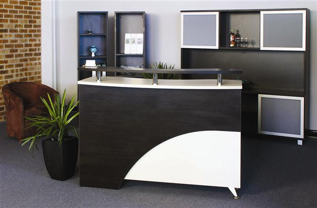 BOUTIQUE RECEPTION COUNTER