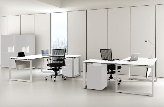 DIAMOND CORNER WORKSTATIONS AND DESKS