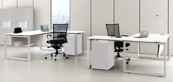 DIAMOND DESKS AND CORNER WORKSTATIONS