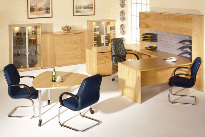 H4000 NATURAL TIMBER VENEER EXECUTIVE DESK RANGE