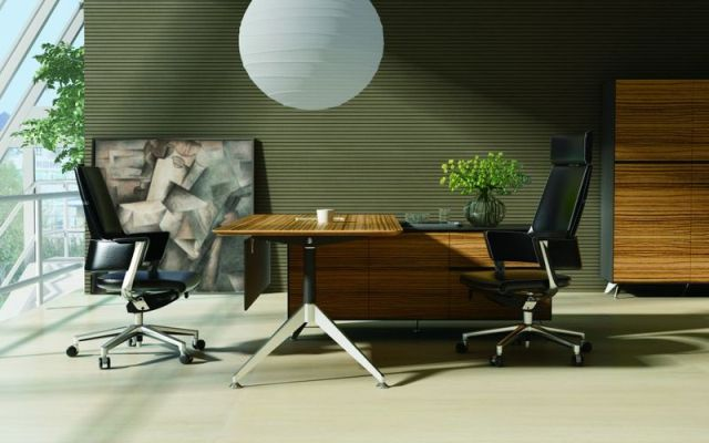 NOVARA TIMBER VENEER EXECUTIVE DESKS - FREE DELIVERY & INSTALLATION GROUND FLOOR  SYD, BRIS & MEL METRO AREAS