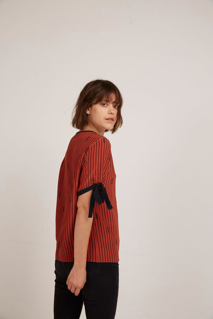 Somerville London 8 Little Bow Pinstripe Tee