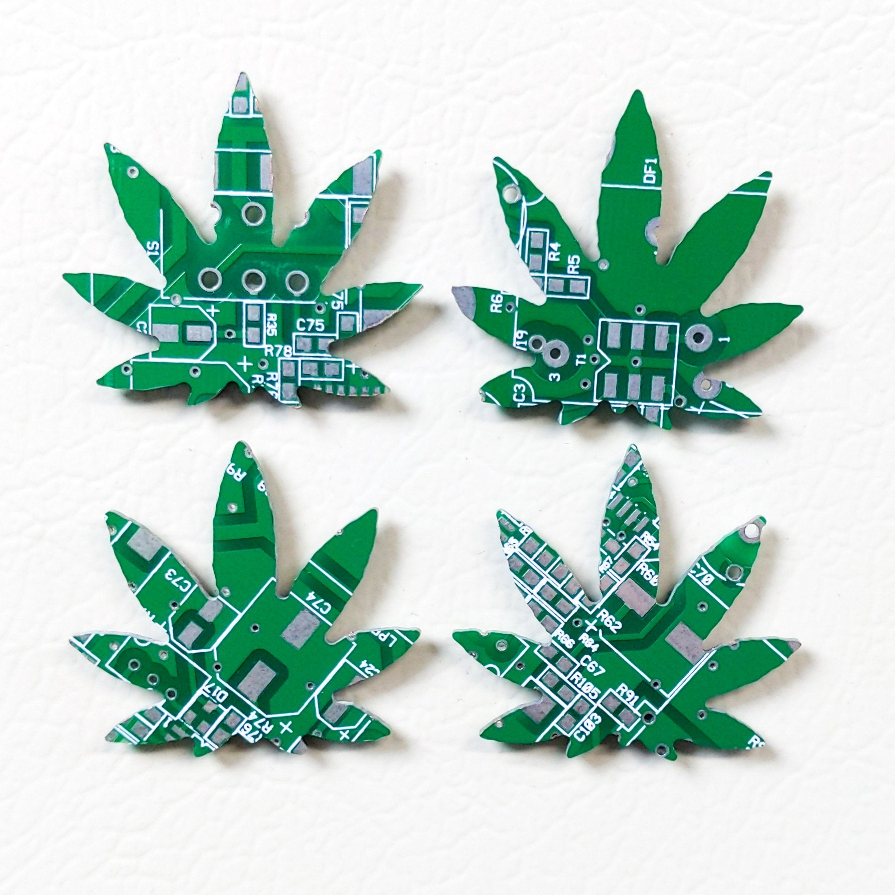 Circuit Board Cannabis Leaf - TechWears Ltd