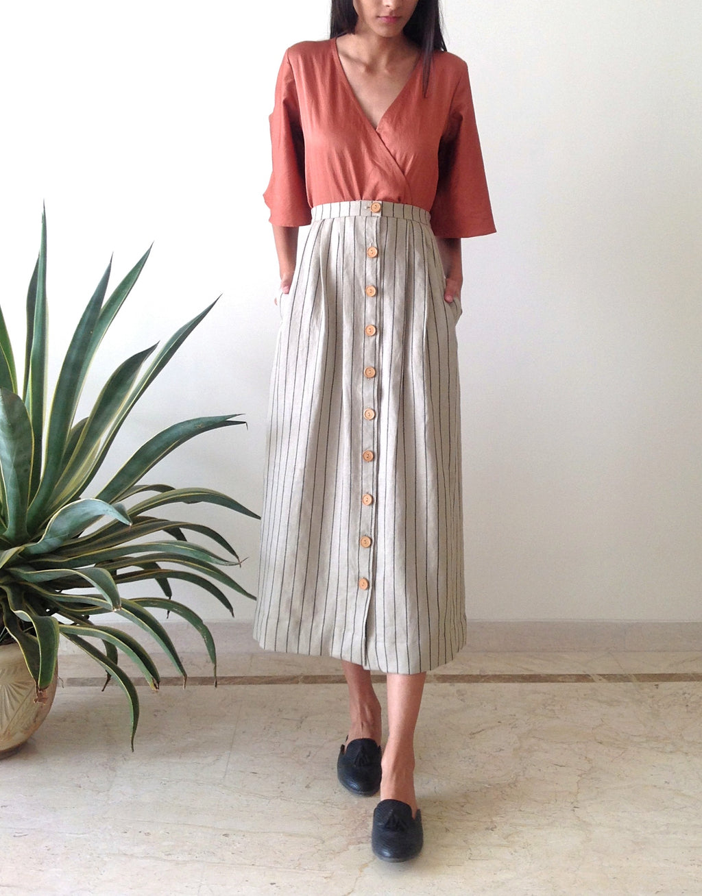Linen Button-down Skirt