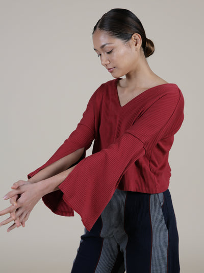 Red cropped top sweater in rib knit