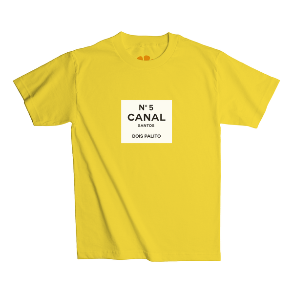 Camiseta Canal 5 do Juicy Santos na cor amarela.