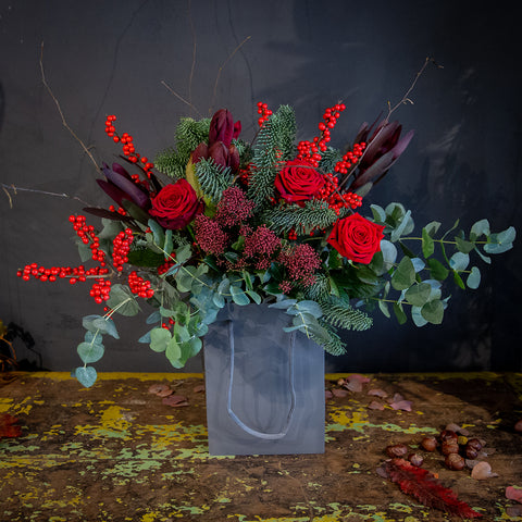 Christmas Flower arrangement ' Driving Home For Christmas'