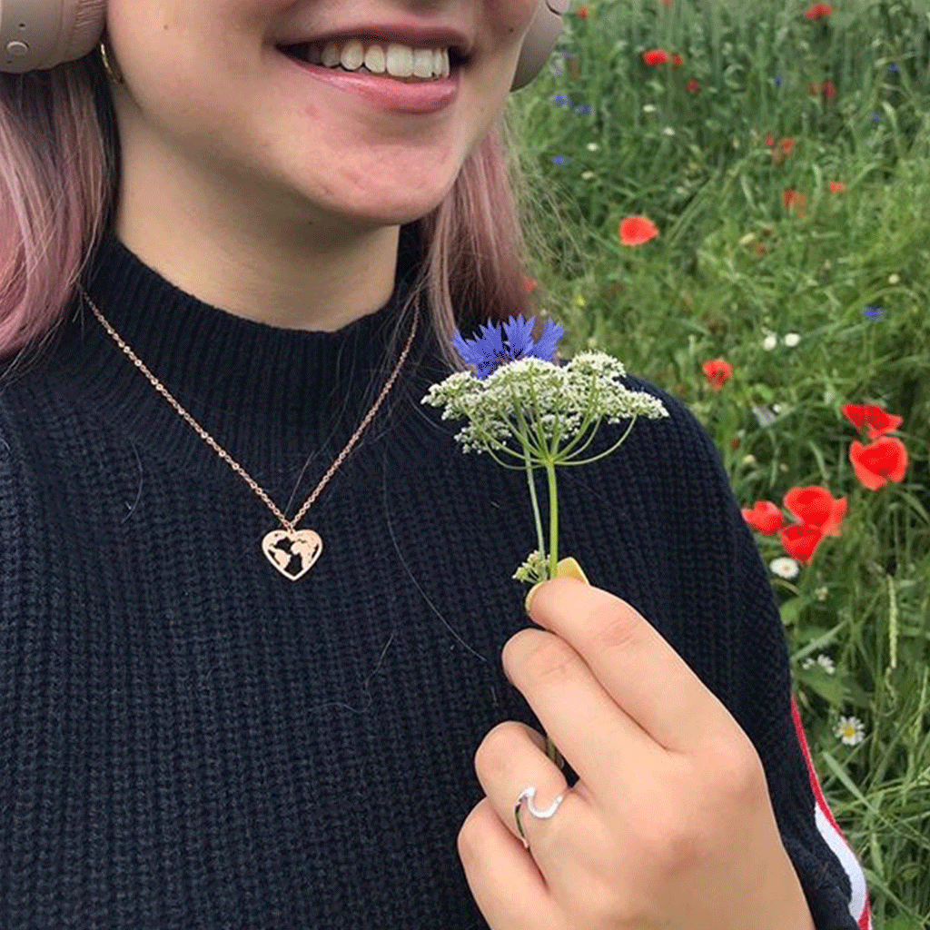 dreizack love the world necklace rosegold halskette