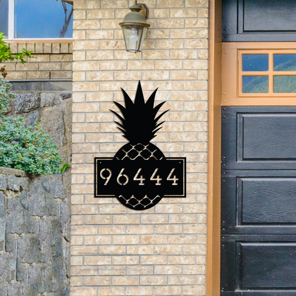Metal Pineapple Address Sign