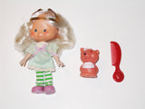 Strawberry Shortcake:  Angel Cake with Souffle Skunk and Comb (Kenner)