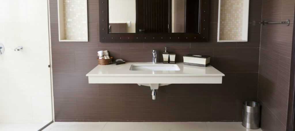 Things you should know before buying bathroom accessories