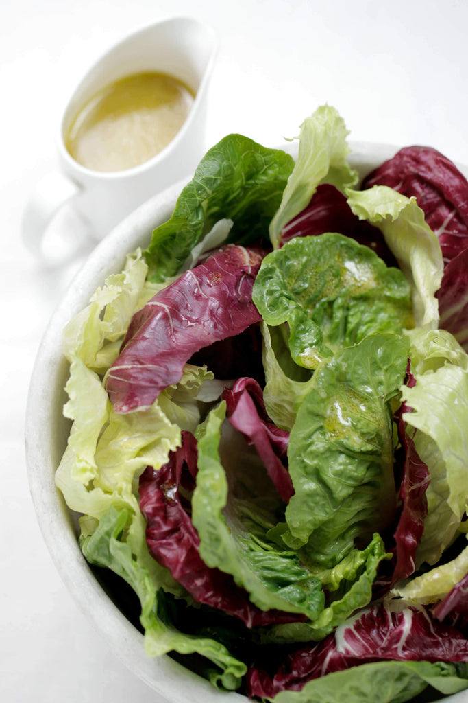 Classic Leaf Salad With French Vinaigrette