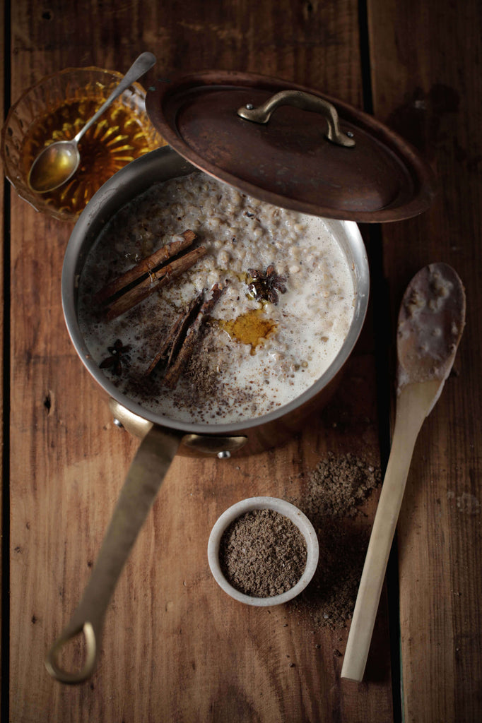 Warming Porridge With Chai Aromatics