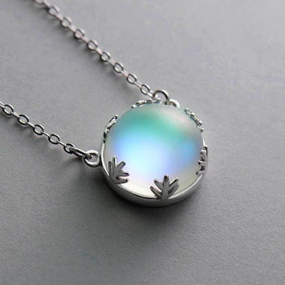 Aurora Borealis Necklace Necklace Wat Crate light