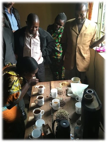 RAEK co-op members cupping the Speciality Coffee