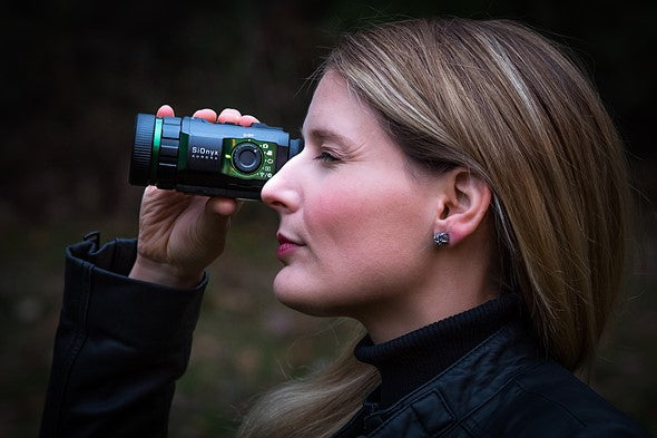 SIONYX Aurora Black I True-Color Digital Night Vision Monocular Review