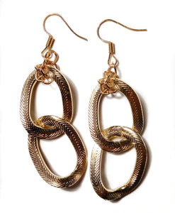 Chipina golden earrings