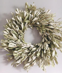 Natural Preserved Integrifolia Wreath - 24""