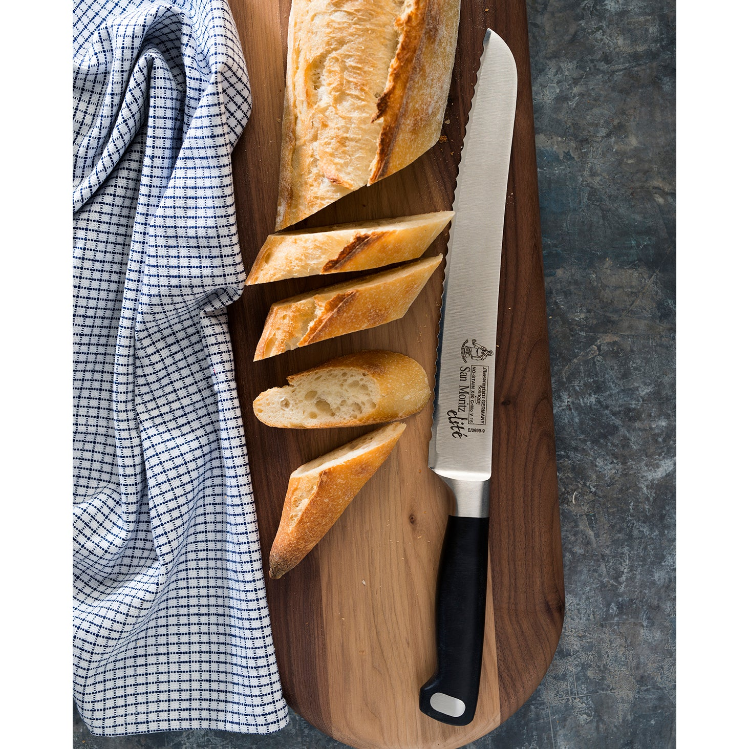San Moritz Elité 9 Inch Scalloped Bread Knife_Angle_Marble