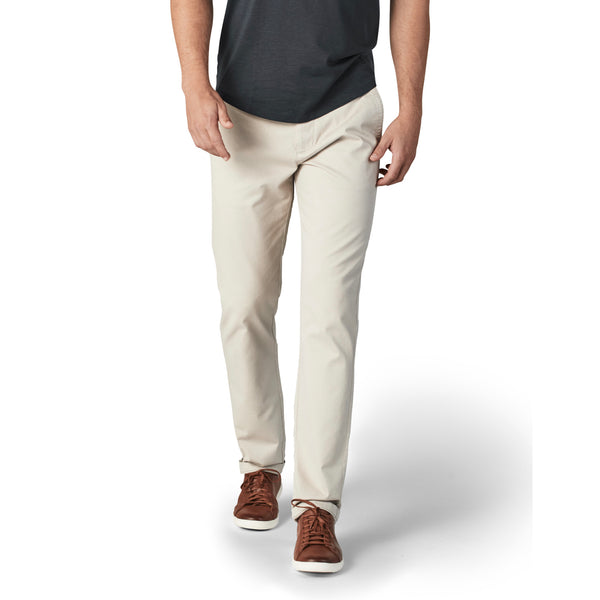 Feel Good Chinos in Light Khaki