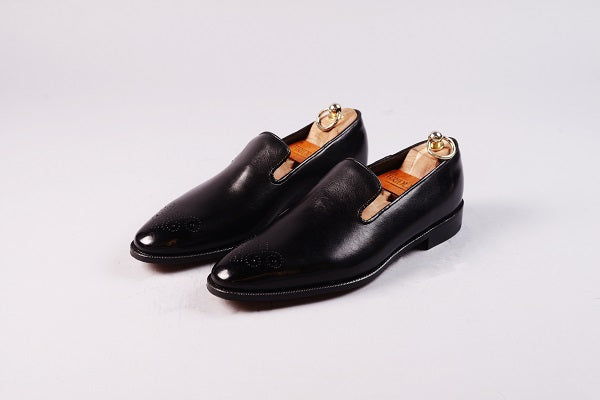 WHOLECUT LOAFER – BLACK