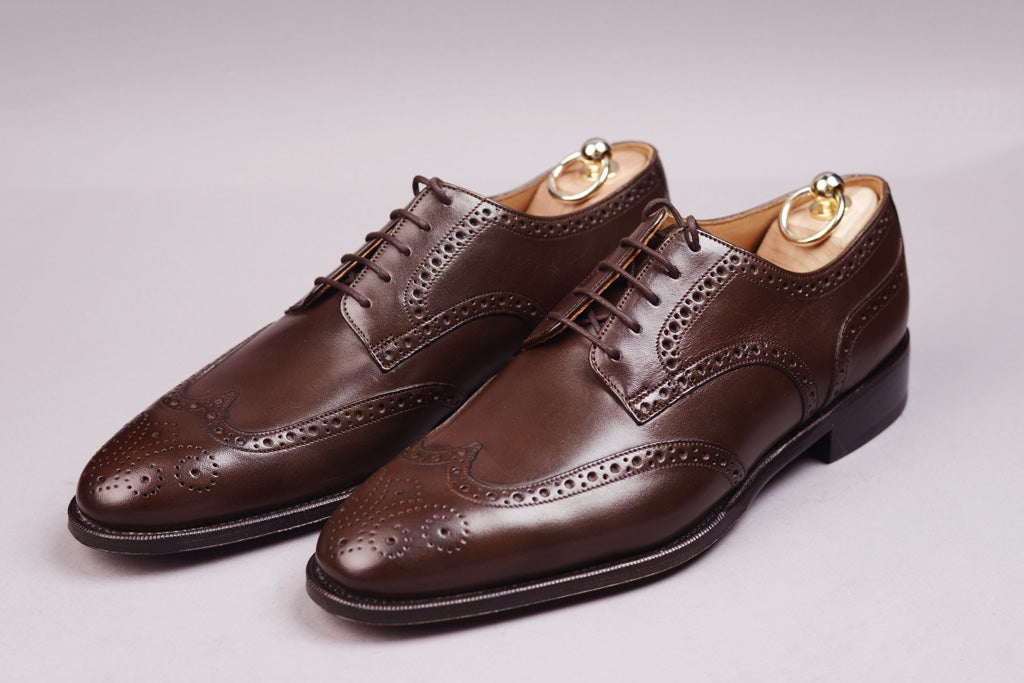 DERBY WING TIP – BITTER CHOCOLATE