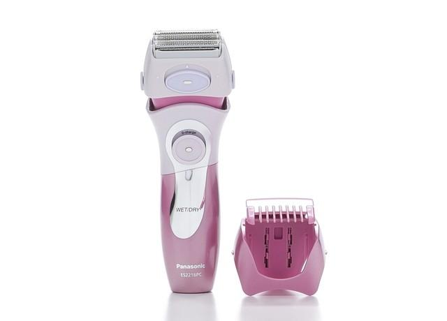 Panasonic ES2216PC Women's 4-Blade Electric Shaver with Bikini Attacvhment, Wet/Dry