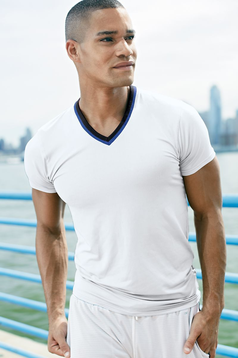 Shirts - 2(X)IST White Active V-Neck Tee -   jetcube