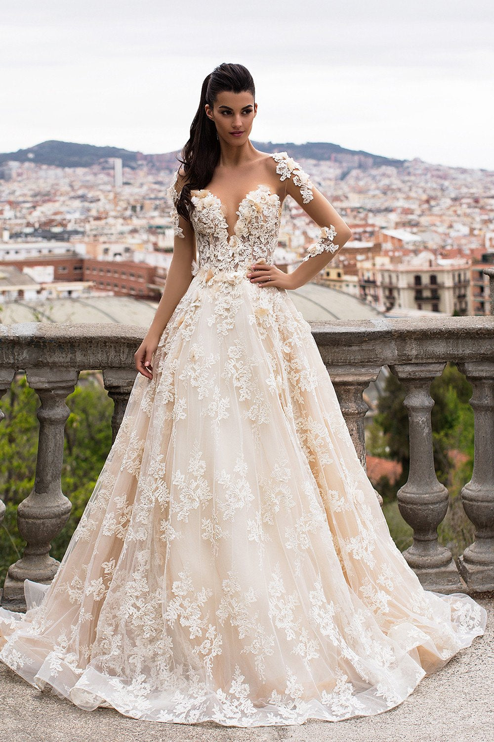 Gorgeous Sheer A-Line Backless Wedding Dresses 2017 Puffy Lace ...