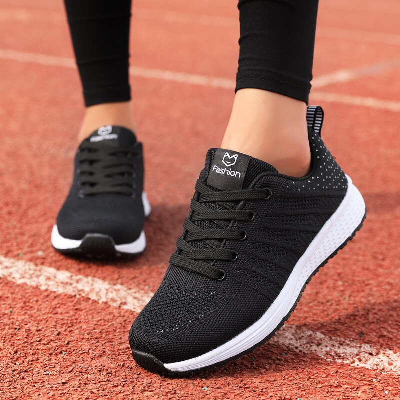2020 Women Casual Shoes Fashion Breathable Walking Mesh Lace Up Flat Shoes Sneakers Women Outdoor Vulcanized Shoes BTJ-1826