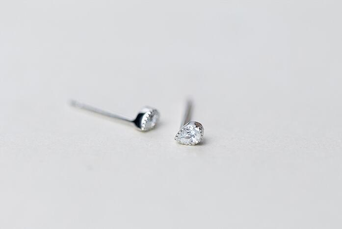 - (Very Very Small Earrings) REAL. 925 Sterling Silver Prong CZ Stone Waterdrop Oval Stud Earrings Blue /Citric White GTLE1501 -   jetcube