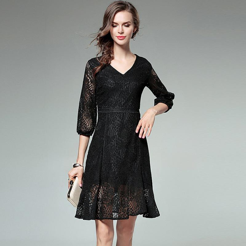 2017 Autumn Office Lady Lantern Sleeve Fashion Hollow Out Patchwork Lace Half Sleeve Slim Solid Color Women Knee-length Dress