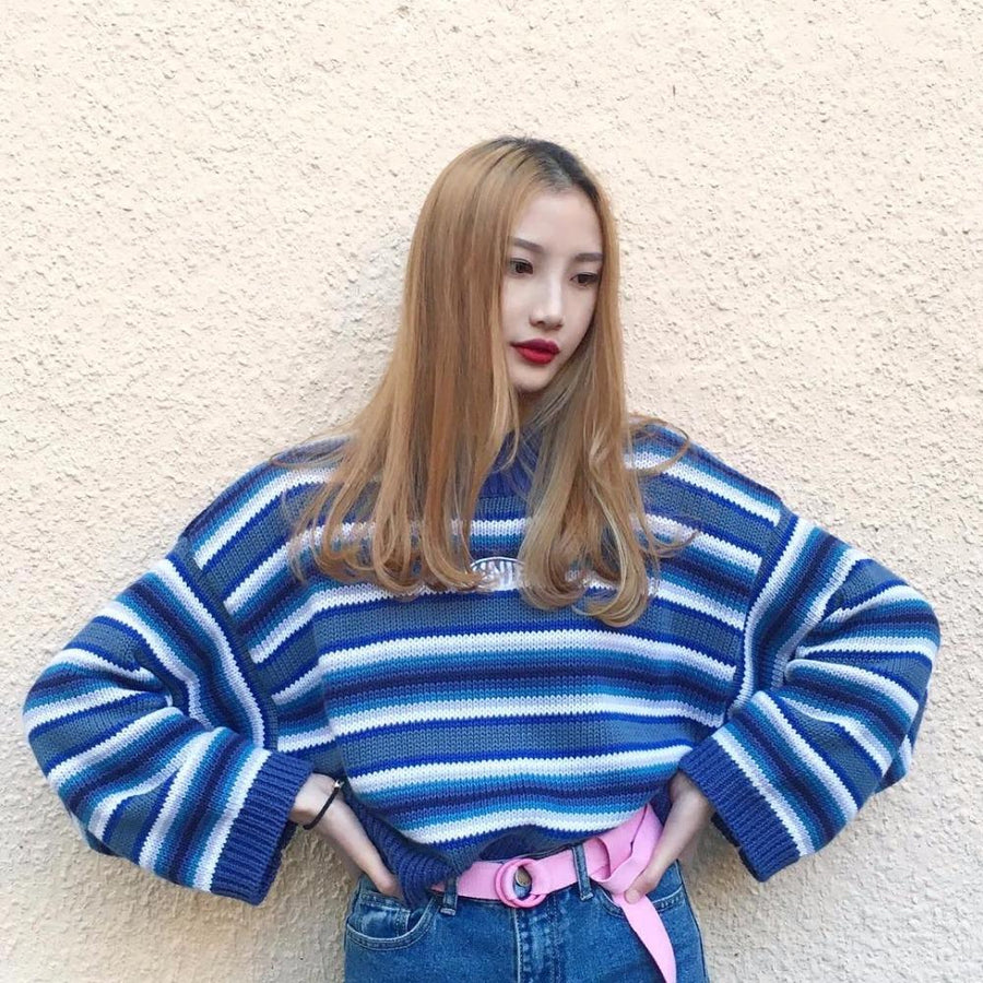 2018 new retro old school street girl unif embroidery striped blue pullover loose and short knitted sweater women and men
