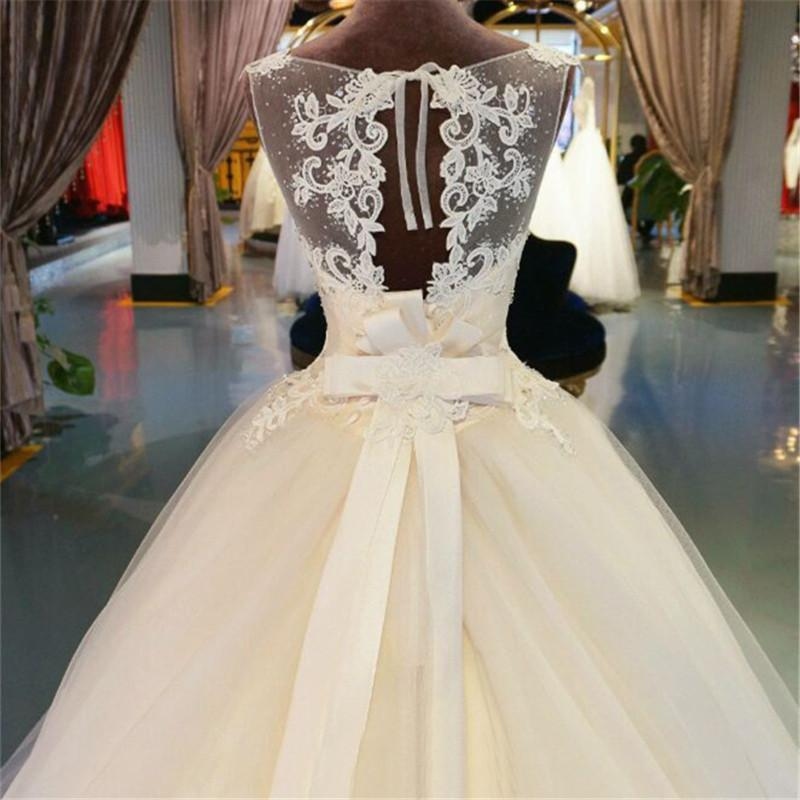 Organza Lace Floor-Length Ball Gown Wedding dress Chapel Train Lace ...