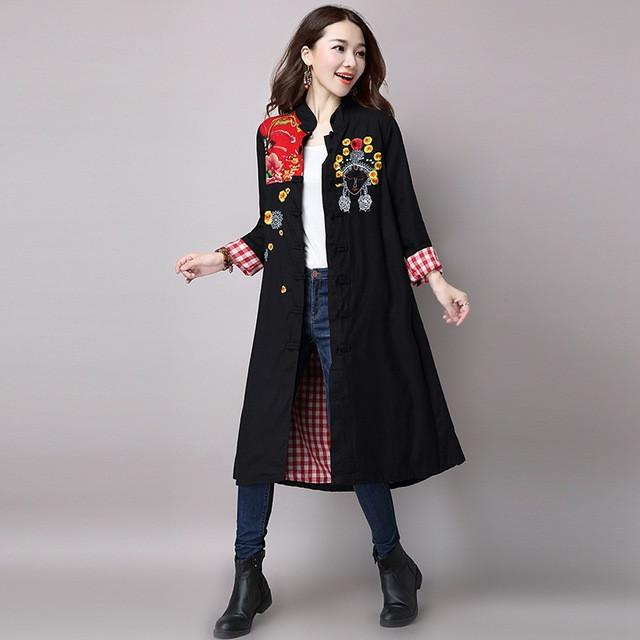 2017 Autumn winter Chinese style Trench women embroidered stitching long Overcoat female large size loose coat femme TG249