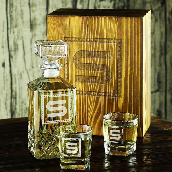 Customized Whiskey Decanter & Whiskey Decanter Set,Groomsmen Gifts - GiftCustomization
