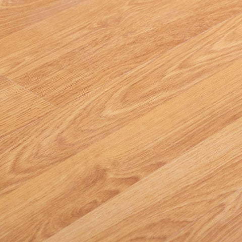 Oak Wood Effect Laminate Flooring with Smooth Finish - AC3 - 7mm - 2.21m2