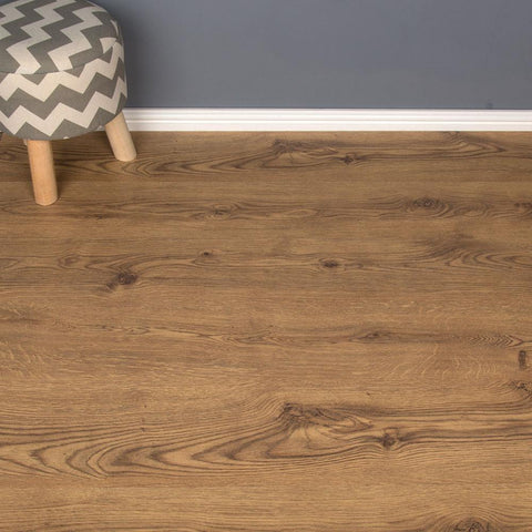 Bourgogne Oak Laminate Flooring - AC3 - 6mm - 2.50m2
