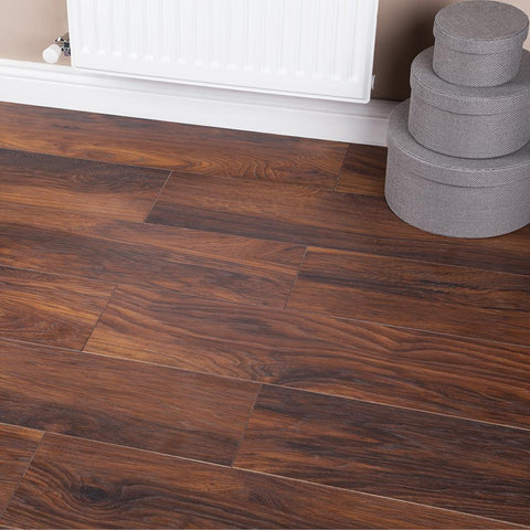 Red River Hickory Laminate Flooring - AC4 - 10mm - 1.73m2