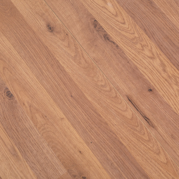 Honey Oak Wood Effect V-Groove Laminate Flooring - 7mm - 2.47m2