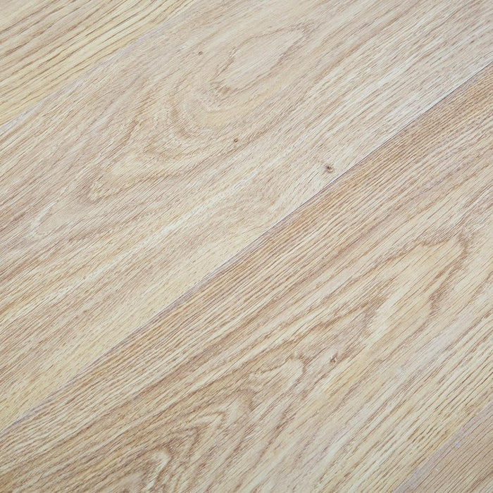 Light Varnished Oak Laminate Flooring - AC3 - 6mm - 2.50m2