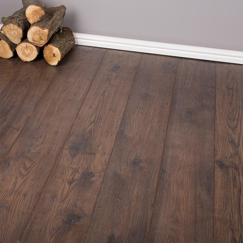 Antique Chestnut Laminate Flooring - 10mm - 1.73sqm