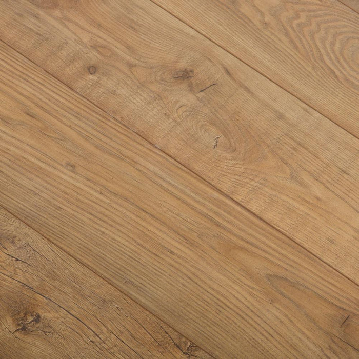 Tawny Chestnut Laminate Flooring - 10mm - 1.73m2