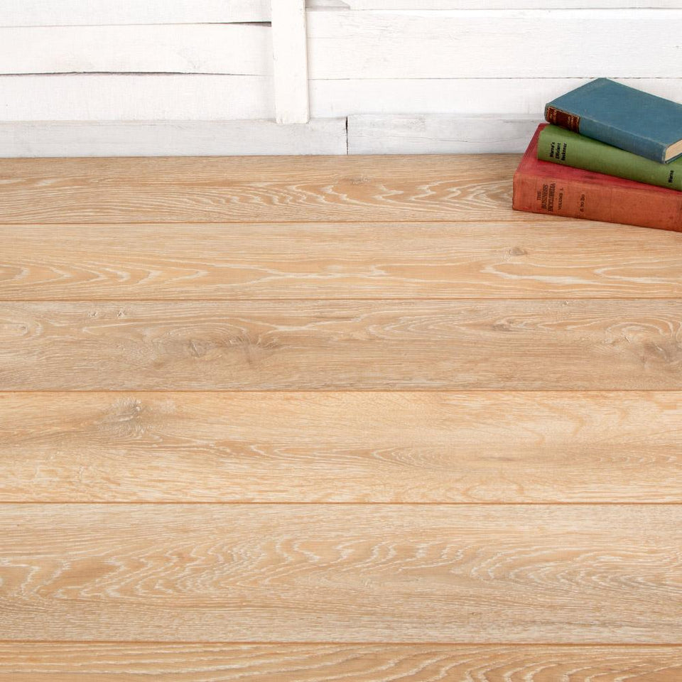 Laminate Flooring - Valley Oak