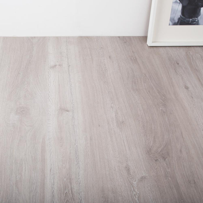Rockford Oak Laminate Flooring - AC3 - 6mm - 2.50m2