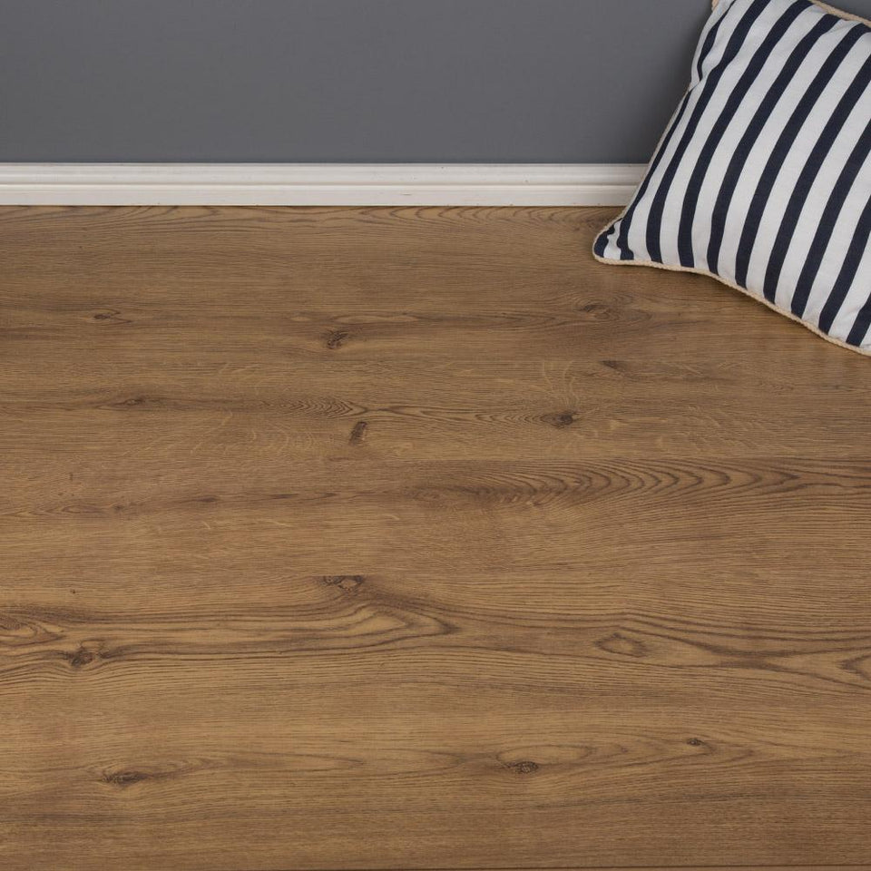 Laminate Flooring - Bourgogne Oak Laminate Flooring 2.50m2