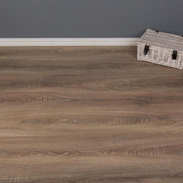 Laminate Flooring - Nostalgia Oak Laminate Flooring 2.47m2