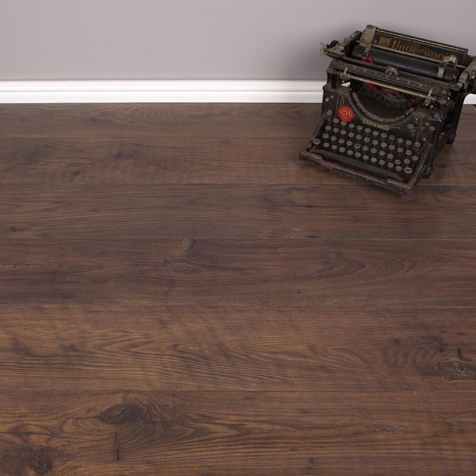 Laminate Flooring - Antique Chesnut