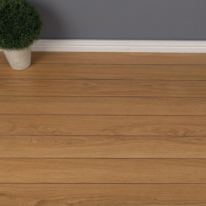 Laminate Flooring - Natural Oak Laminate Flooring - 1.24m2