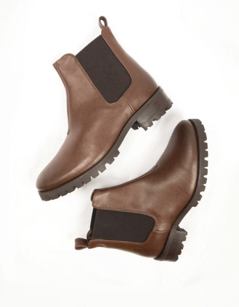 Chelsea Boot Deep Tread - Chestnut Vegan Leather - Vogue x Virtue - Will's Vegan Shoes